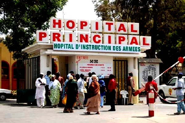 Frustration à l'Hôpital Principal : Très remontés, les travailleurs civils brandissent un plan d'action pouvant aller jusqu'à la grève