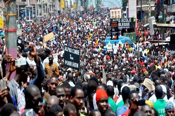Guinée : Conakry a rendu hommage aux deux jeunes tués au cours d'une manifestation