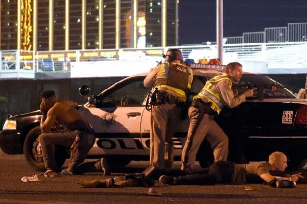 Fusillade meurtrière de Las Vegas : Un véritable arsenal de guerre retrouvé au domicile du tireur et dans sa chambre d'hôtel