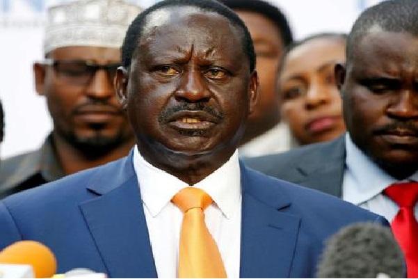 Encore une surprise à la Kenyane : le principal adversaire de Uhuru Kenyatta, Raila Odinga, renonce à se présenter à la présidentielle