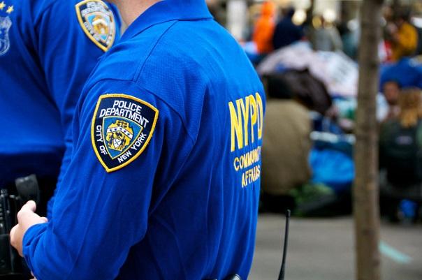 New-York : accusés de viol par une adolescente, deux policiers identifiés par les tests ADN