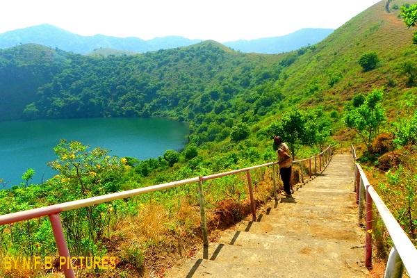 """Tourisme : """"Le Cameroun doit transformer ses sites naturels en produits touristiques"""""""