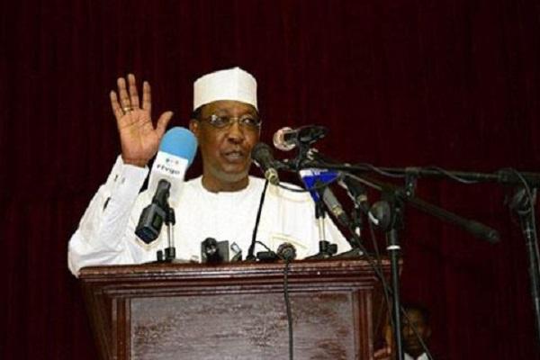 Tchad : le parlement adopte une nouvelle constitution taillée sur mesure par Idriss Deby