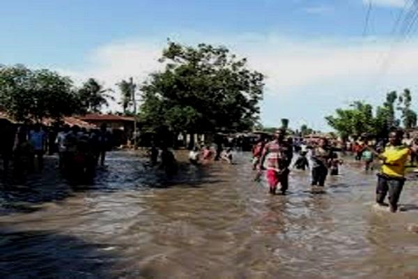 Cameroun : Des pluies diluviennes provoquent de nombreux dégâts à Douala