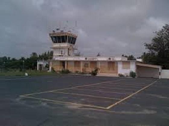 Pour la reconstruction des aérodromes: Maïmouna Ndoye Seck  signe un contrat d'un montant d'environ 100 milliards de francs CFA