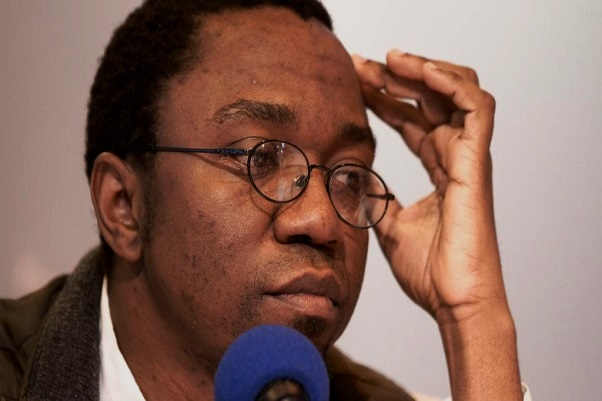 Cameroun: pour trois chefs d'inculpation dont « menace de mort à l'égard du président », l'écrivain Patrice Nganang placé en détention