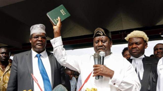 Kenya : arrestation d'un député aperçu à la prestation de serment de l'opposant Raila Odinga