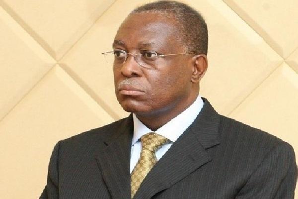 Corruption présumée : Quand le procès de l'ex-vice-président angolais Manuel Vicente chauffe les nerfs…