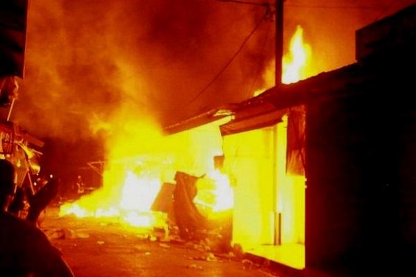 Incendie au Marché central de Louga : 15 cantines réduites en cendre, plusieurs millions de francs partis en fumée