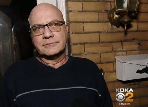 Pennsylvanie : un pasteur trouvé avec un homme nu et attaché par la police déclare n'avoir rien à cacher