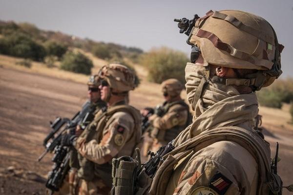 Mali: deux soldats français meurent suite à l'explosion d'une mine artisanale, un autre blessé