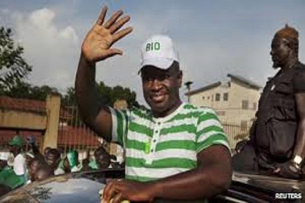 Présidentielle sierra-léonaise : l'opposant Julius Maada Bio en tête des résultats provisoires