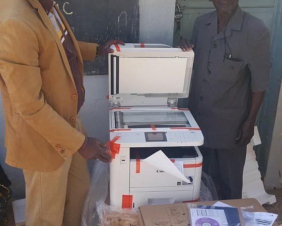 Ecole primaire de Fass Mbao : Boubacar Camara offre une photocopieuse à l'établissement