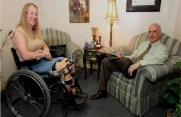 Utah/Etats-Unis : une femme, la soixantaine, veut réaliser son rêve d'enfance « être handicapée »