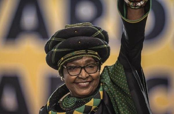 Afrique du Sud : Winnie Mandela, l'ex-épouse de Nelson Mandela, est décédée à l'âge de 81 ans
