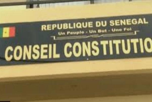 Saisine de l'opposition : le Conseil constitutionnel se dit incompétent pour statuer sur le présumé caractère anticonstitutionnel de la loi sur le parrainage