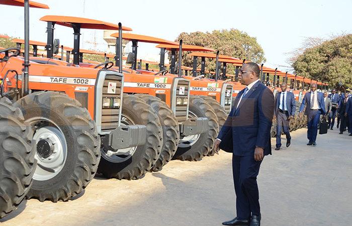 Les Gaffes de Mame Adama Gueye: « Il confond 1000 unités de matériels agricoles à 1000 tracteurs »