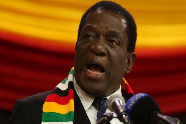 Zimbabwe : une explosion au cours d'un meeting présidentiel fait plusieurs blessés