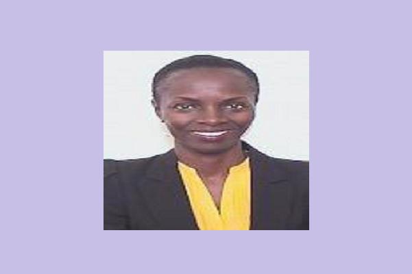 1ière  représentante résidente du Cabo Verde-Chargée de liaison : le choix de la B.M. porté sur Mme Fatou Fall, une Sénégalaise très expérimentée