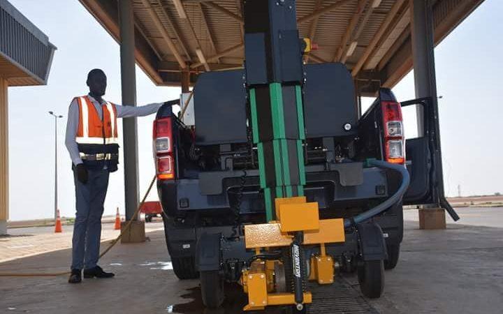 Surveillance de l'état de la piste à l'aéroport Dakar Blaise Diagne : LAS se dote du Skiddometter
