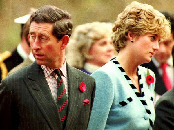 Grande Bretagne : une lettre attribuée à la princesse Diana aurait révélé que le prince Charles «planifiait son accident» 10 mois avant sa morte