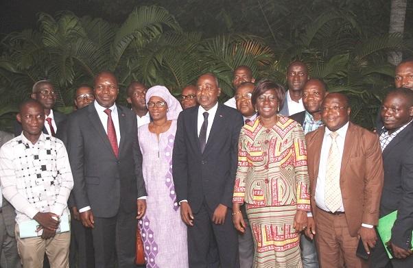 Côte d'Ivoire: le RHDP se fortifie, 26 élus locaux indépendants rejoignent la coalition