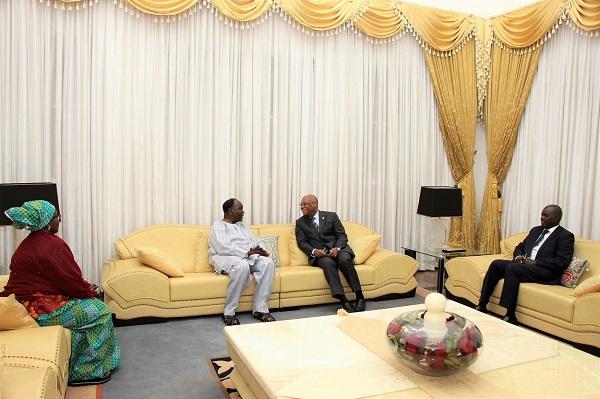 Visite de courtoisie : Jean claude Kassy Brou rend hommage au Général  Yakubu Gowon,  l'un des pères fondateurs de la CEDEAO