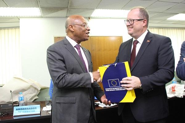 Coopération : l'UE réaffirme son engagement à renforcer les liens avec la CEDEAO