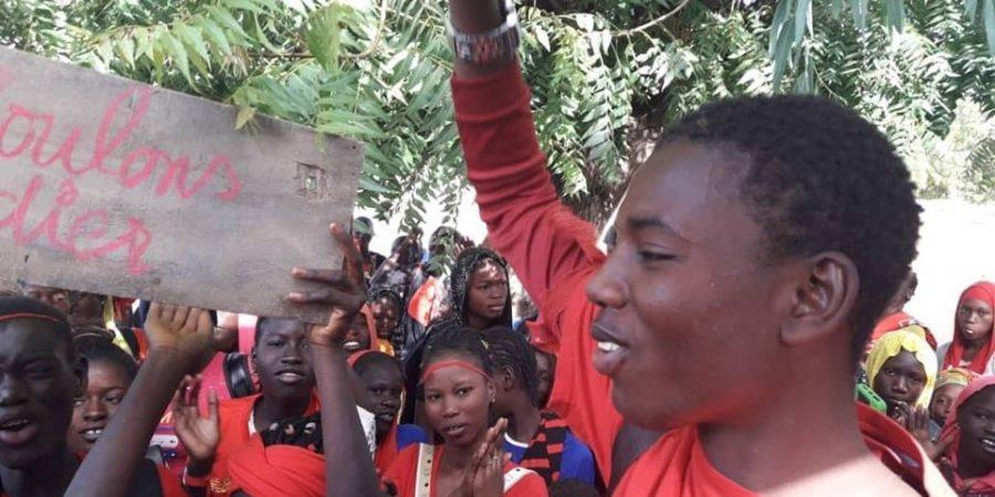 Louga: Grève au Collège moyenne de Ndoyène, les Élèves réclament des professeurs de français, d'histoire et de géographie
