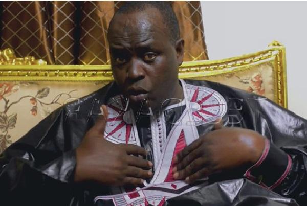 Macky à Matam : Doudou Ndiaye Mbengue son griot-chanteur humilié en public