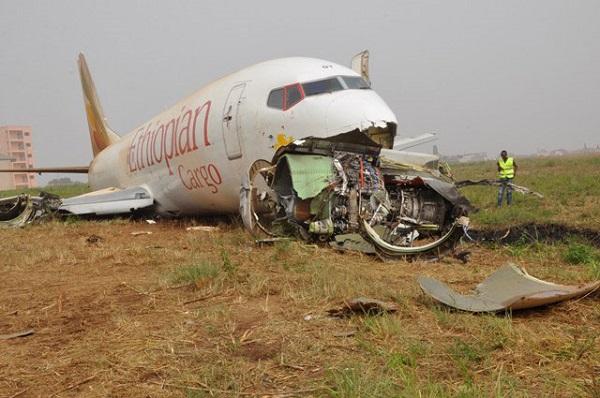 Crash du vol d'Ethiopian Airlines : la boite noire retrouvée, sur décision de la compagnie la flotte d'appareils B-737-Max reste au sol jusqu'à nouvel ordre