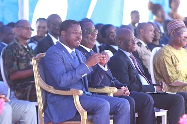 Togo :le président  Faure E Gnassingbé a inauguré hier  mercredi le nouveau port de pêche de Lomé