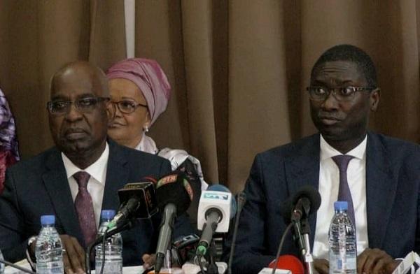 Passation de service du ministère de la justice : Me Malick Sall promet de relever les défis et tisse des lauriers à son prédécesseur