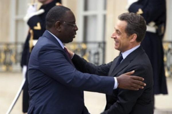 Investiture du président Macky Sall :  Les dessous de la visite éclair de Nicolas Sarkozy révélés par La Lettre du Continent
