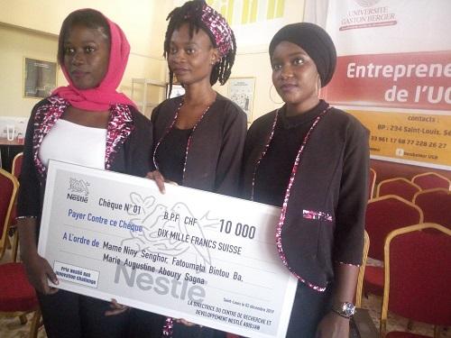 African Innovation Challenge :  Le groupe Mafani « Tuph'Utile » de l'UGB remporte le 1er prix international