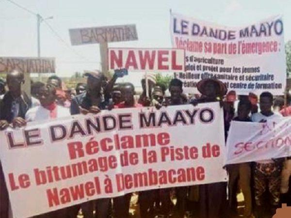 Bitumage de la piste Nawel-Dembacané : manifestation du mouvement ''Daande Mayo émergent» pour exprimer son ras-le-bol