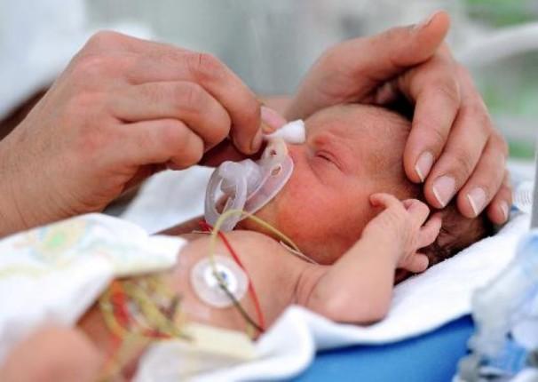 Une première aux USA : un bébé de six jours transplanté du cœur