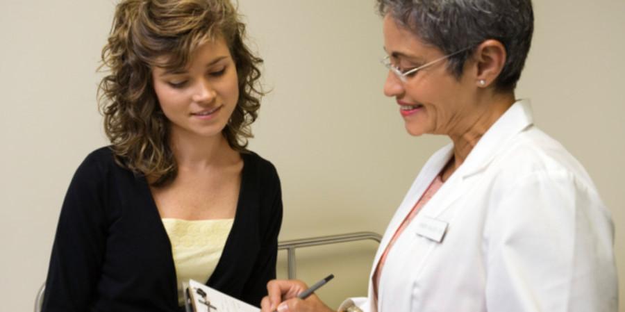 Le traitement de la ménopause accroît-il les risques du cancer des ovaires ?