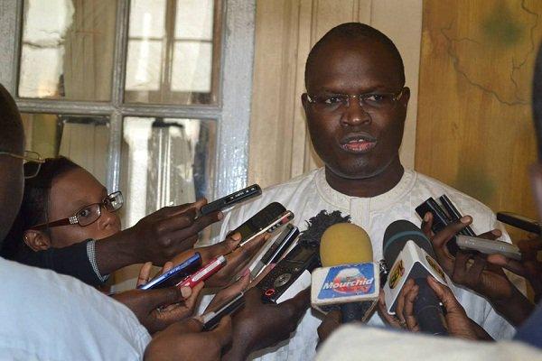 Emprunt Obligataire De La Mairie De Dakar: Macky Sall, Calif  A La Place De Khalifa