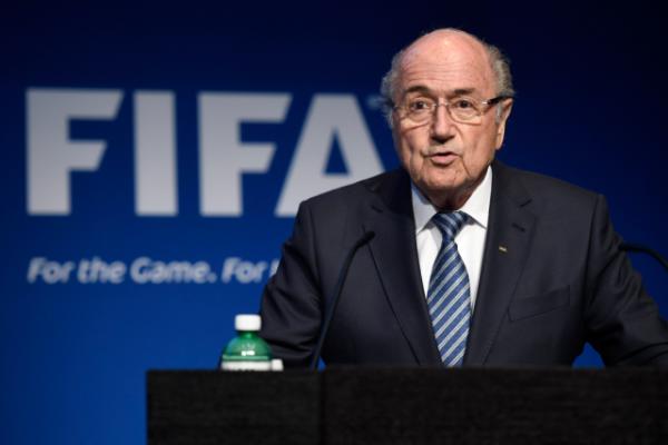 Sepp Blatter surprend son monde, il démissionne de la FIFA