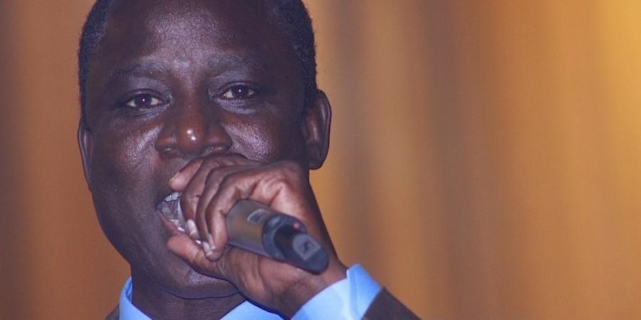 Des huissiers à la boite de nuit Penc-Mi: Le musicien Thione Seck s'explique sur ses déboires