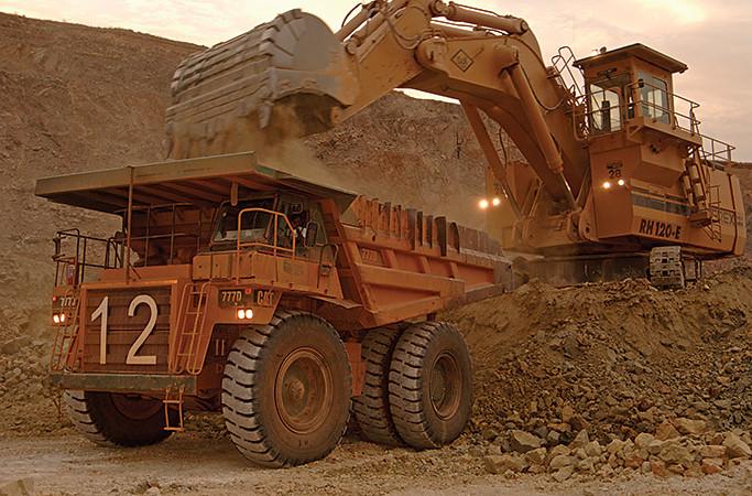 Industries extractives : contraction de l'activité