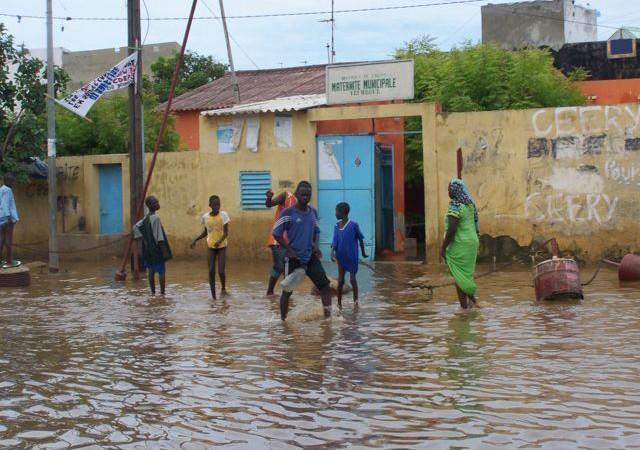 Saint-Louis : Des maisons envahies par les eaux de pluie mélangées aux eaux usées