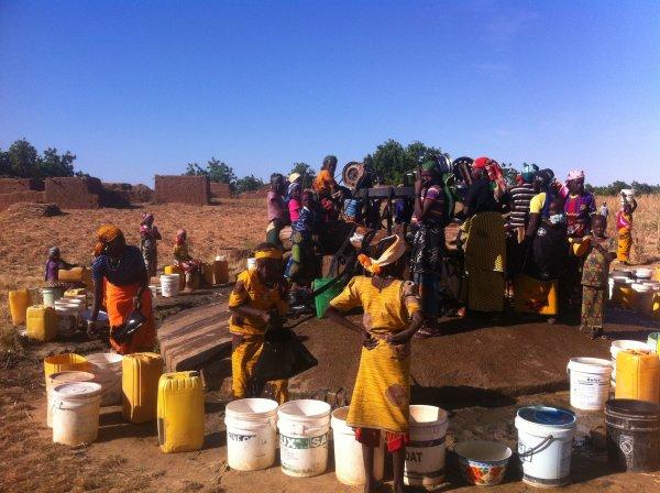 Covid 19/ Pénurie d'eau: Quand le liquide précieux devient une denrée rare…(Par Aly Saleh)
