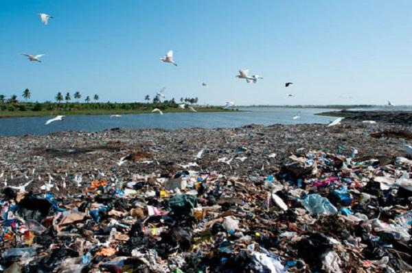 Mbeubeuss, une bombe écologique aux risques et périls des populations