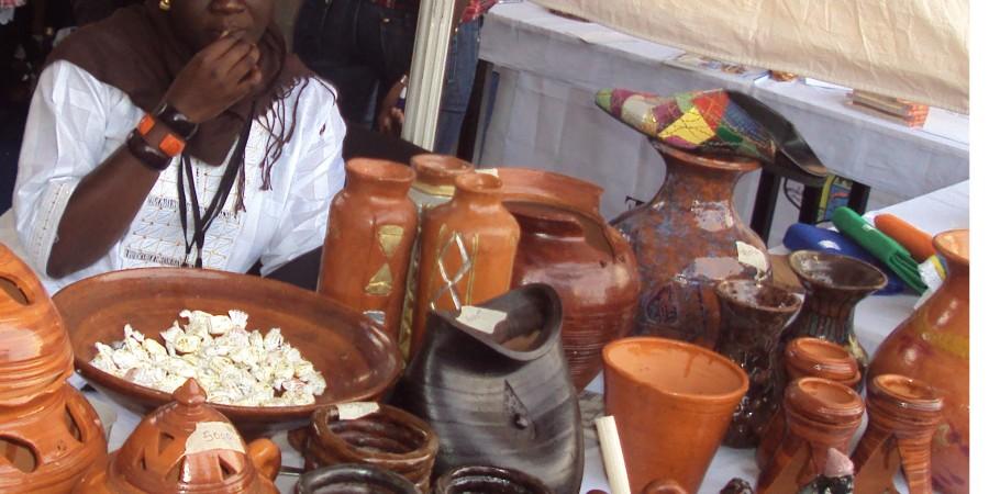 Salimata Diouf, une chevronnée de la poterie céramique, partage le goût de son art et lance un appel à l'Etat