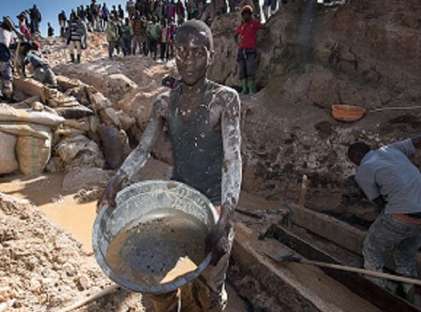 RD Congo : un éboulement dans une mine d'or, près de la ville de Kamituga, fait craindre 50 morts