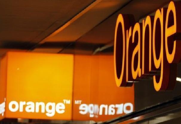 Les consommateurs décrètent une journée de boycott d'Orange ce samedi :  l'opérateur tente de s'expliquer