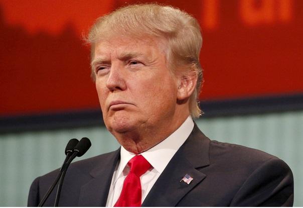 Quand le candidat milliardaire,  Donald Trump, fuit le débat avec une journaliste de Fox News