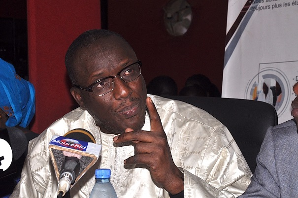 Cas des nouveaux bacheliers :  « ils seront tous orientés d'ici 15 jours », assure Cheikh Oumar Anne le ministre de l'Enseignement supérieur